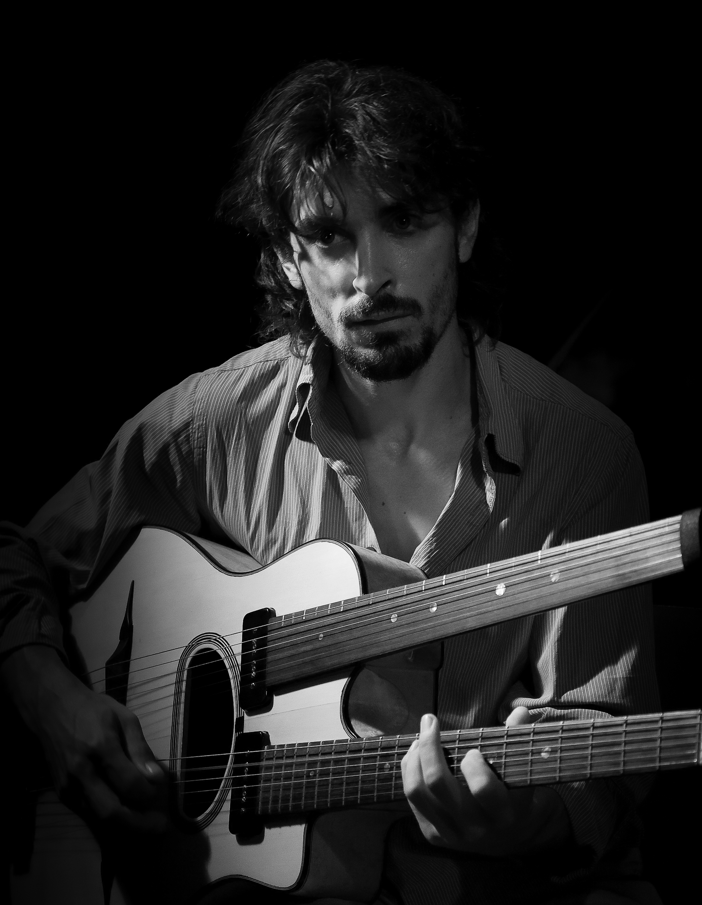 Tolga During Fretless guitar Live in Hungary