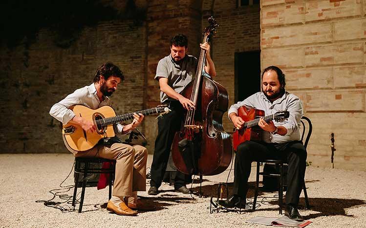 Gypsy Trio / Quartet